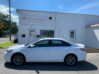 2017 Toyota Camry SE 6-Speed Automatic