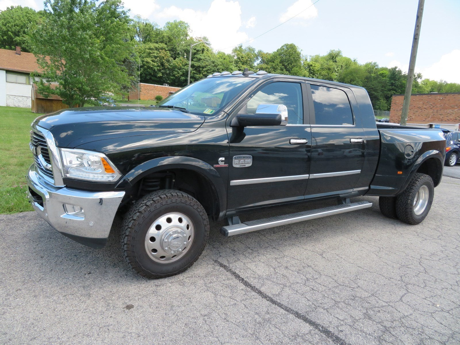 Photo Used 2017 Ram 3500 For Sale at Duncan Suzuki  VIN 3C63RRNL5HG691194