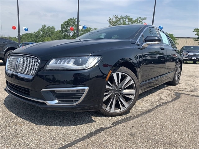Photo Used 2017 Lincoln MKZ Select in Cincinnati, OH