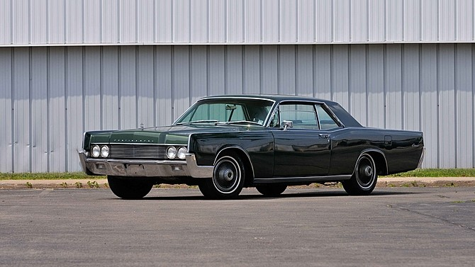 Photo 1966 Lincoln Continental Lincoln Luxury-ONLY 25,132 ORIGINAL MILES-PRICED TO SELL