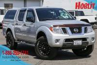 2015 Nissan Frontier SV Crew Cab 4x4 V6 w/ Camper Shell