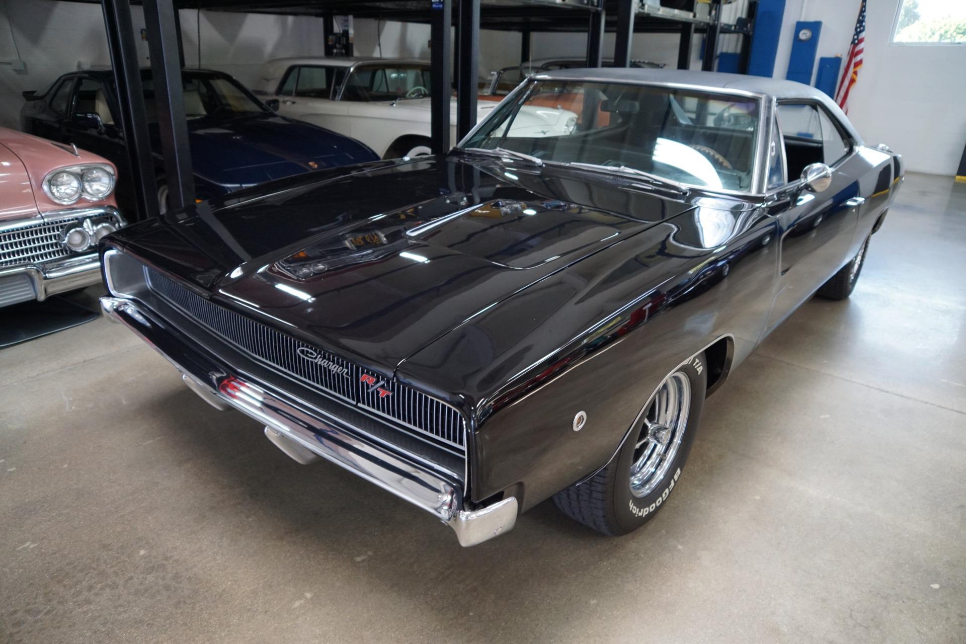 Photo 1968 Dodge Charger RT 440 2 Door Hardtop Custom