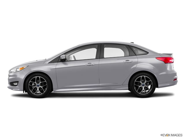 Photo Used 2016 Ford Focus SE Sedan in Merced, CA