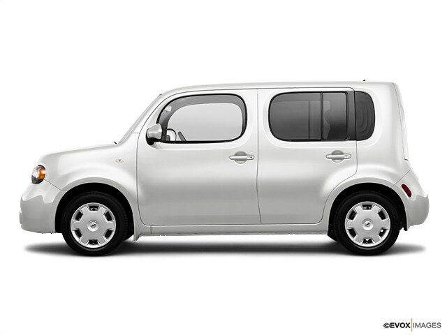 Photo Used 2010 Nissan Cube 1.8 Wagon in Merced, CA