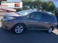 Pre-Owned 2013 Toyota Sienna LE 8 Passenger Van in Oakland, CA