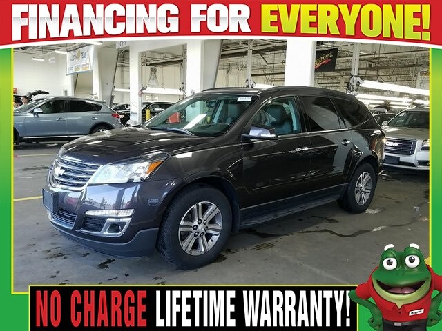 Photo Used 2016 Chevrolet Traverse 2LT AWD - Dual Moonroof - Navigation For Sale Near St. Louis