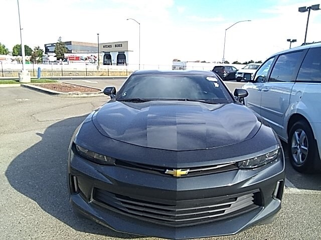 Photo Pre-Owned 2018 Chevrolet Camaro 1LT Coupe in Dublin, CA