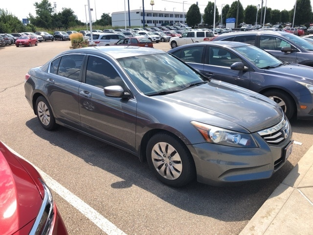 Photo Used 2011 Honda Accord 2.4 LX For Sale in Monroe OH