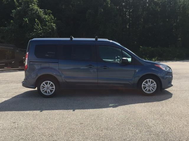 Photo 2019 Ford Transit Connect XLT LWB wRear Liftgate Full-size Passenger Van for Sale in Mt. Pleasant, Texas