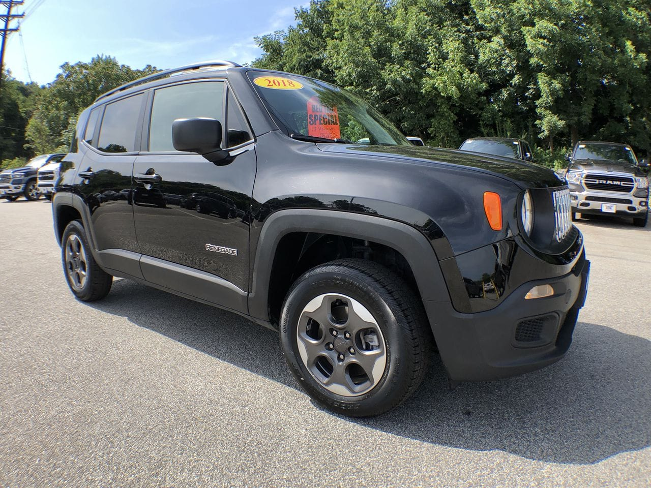 Photo 2018 Jeep Renegade Sport SUV in East Hanover, NJ