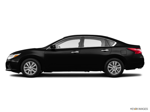 Photo Used 2016 Nissan Altima 2.5 S Sedan For Sale in High-Point, NC near Greensboro and Winston Salem, NC