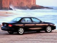 1999 Oldsmobile Intrigue GX Sedan Front-wheel Drive
