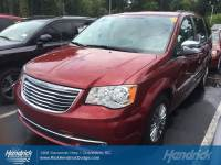 2015 Chrysler Town & Country Touring-L Minivan in Franklin, TN