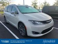 2017 Chrysler Pacifica Limited Van in Franklin, TN