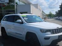 Pre-Owned 2018 Jeep Grand Cherokee Laredo 4x4 SUV