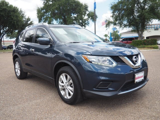 Photo Used 2016 Nissan Rogue SV in Harlingen, TX