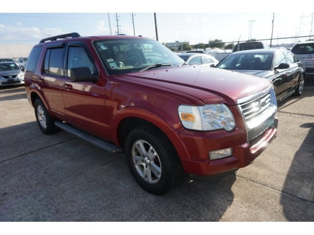 Photo Used 2010 Ford Explorer XLT 2WD in Houston, TX