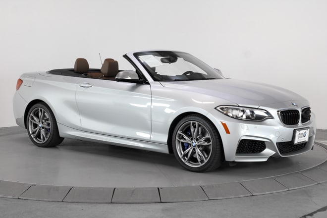 Photo Pre-Owned 2016 BMW 2 Series M235i xDrive Convertible for sale in Beaverton