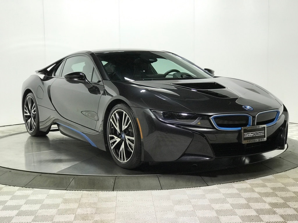 Photo Certified 2016 BMW i8 Base Coupe for Sale in Schaumburg, IL