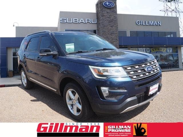 Photo Used 2016 Ford Explorer XLT 4WD in Houston, TX