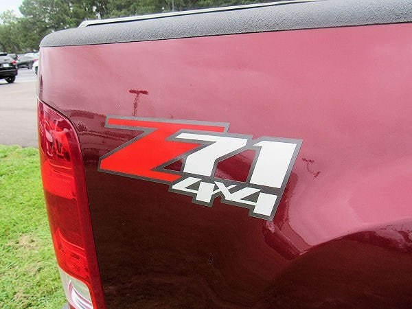 Photo 2014 GMC Sierra 2500HD SLE Truck Crew Cab  Jacksonville NC