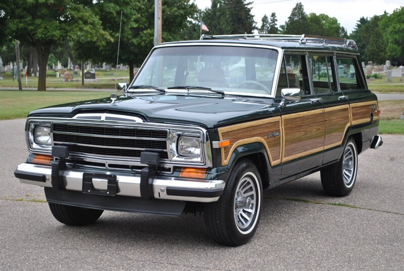 Photo 1991 Jeep Grand Wagoneer 4dr for sale in Flushing MI