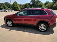 2016 Jeep Cherokee FWD 4dr Latitude Sport Utility for Sale in Mt. Pleasant, Texas
