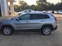 2018 Jeep Cherokee Latitude FWD Sport Utility for Sale in Mt. Pleasant, Texas