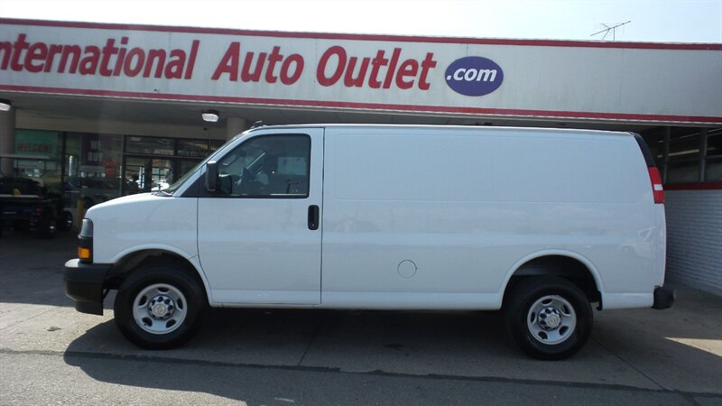 Photo 2019 Chevrolet Express 2500 for sale in Cincinnati OH