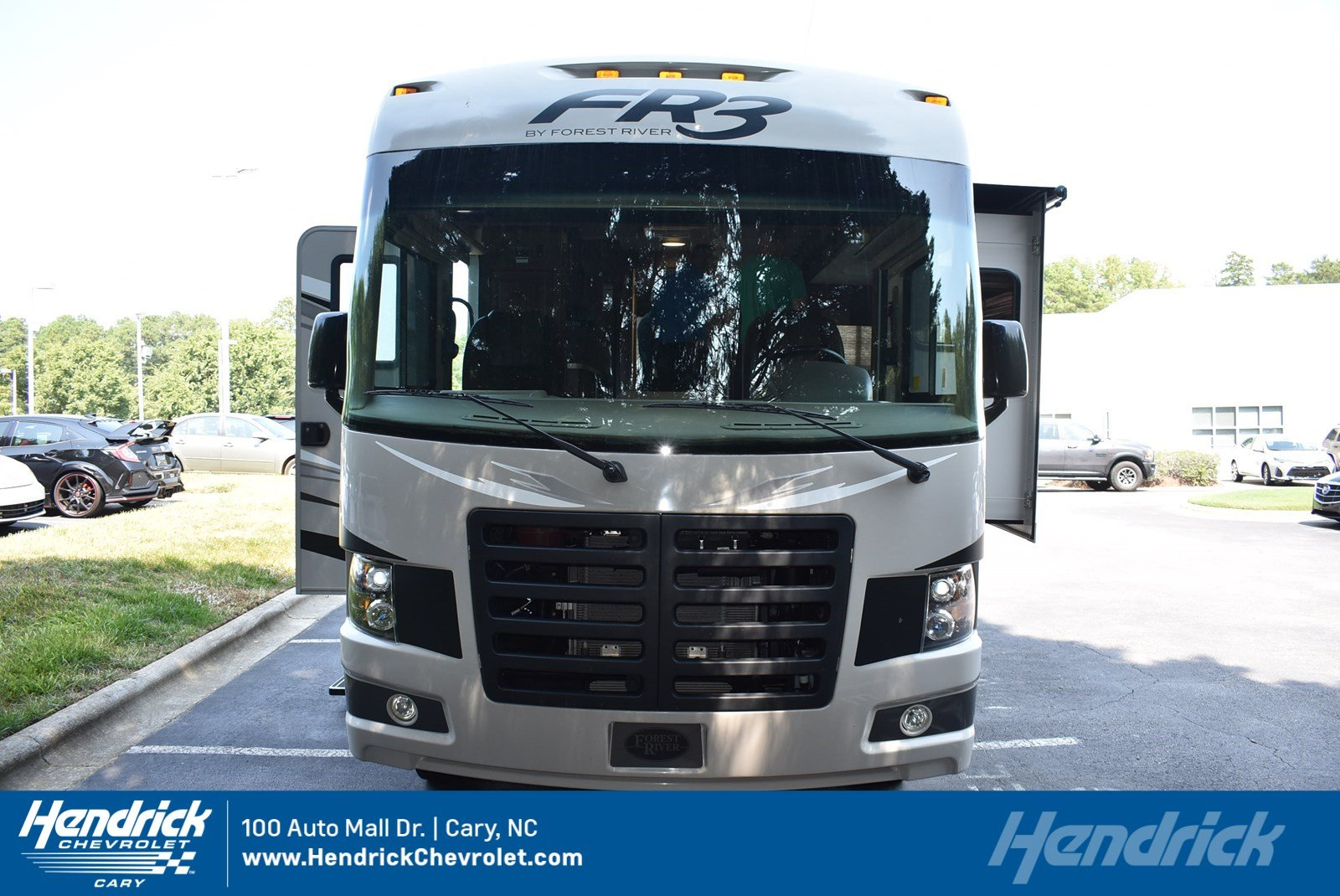 Photo 2015 Ford Super Duty F-53 Motorhome Stripped Chassis 158 DRW in Franklin, TN