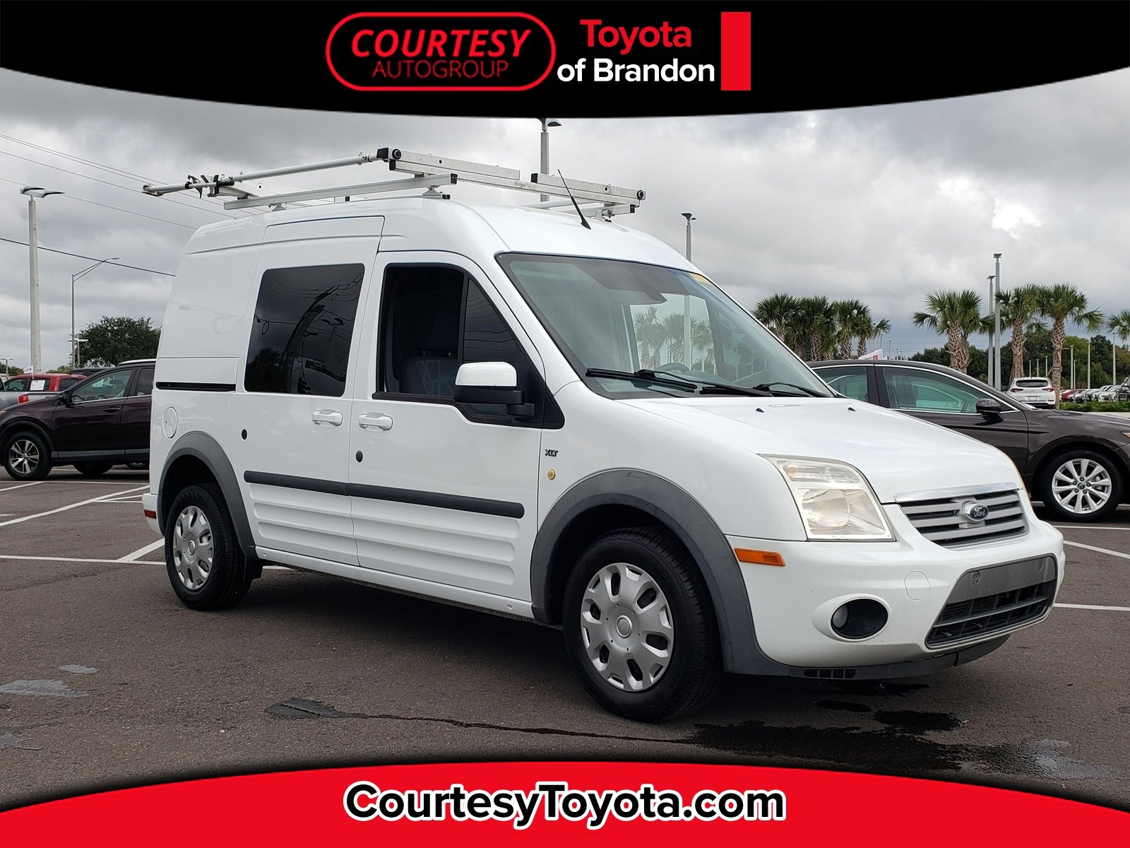 Photo Pre-Owned 2013 Ford Transit Connect XLT 510A Wagon in Jacksonville FL