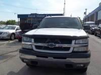 2004 Chevrolet Avalanche 4dr 1500 4WD Crew Cab SB