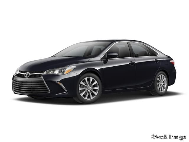 Photo Used 2017 Toyota Camry XLE Sedan Front-wheel Drive in Cockeysville, MD