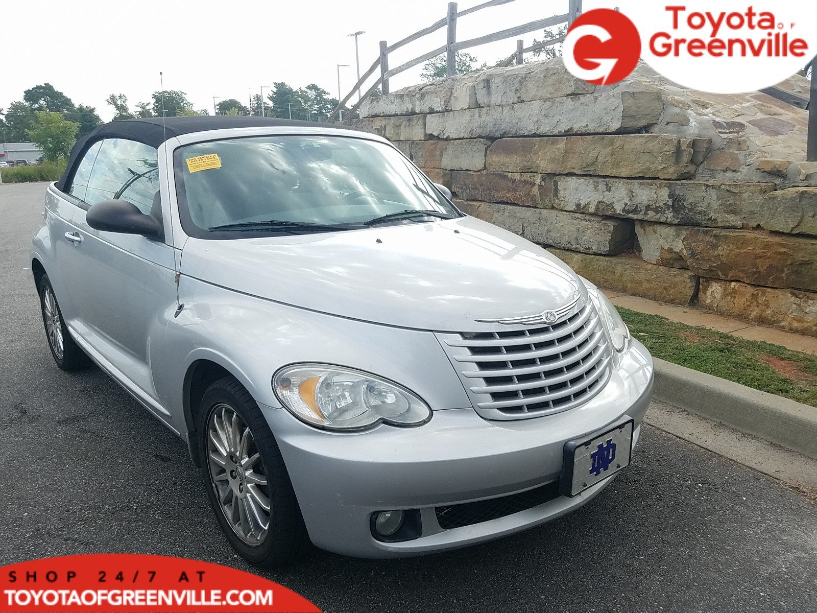 Photo Pre-Owned 2008 Chrysler PT Cruiser Touring Convertible in Greenville SC