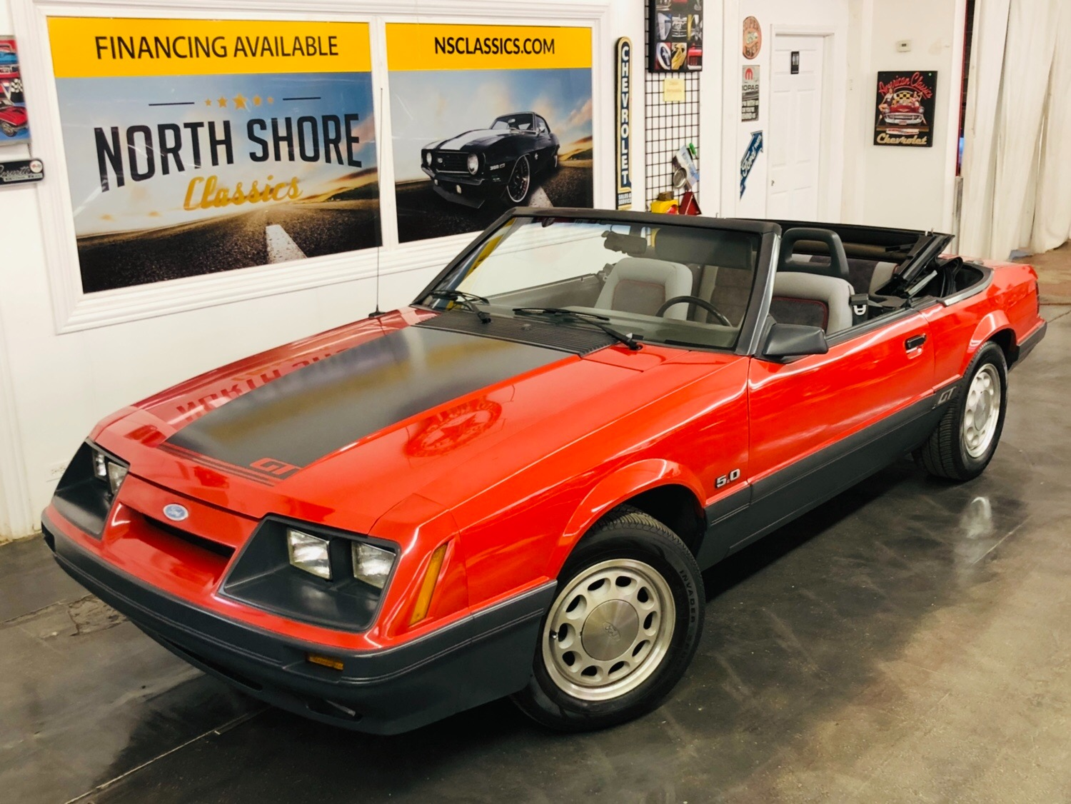 Photo 1985 Ford Mustang -CONVERTIBLE GT - 5 SPEED - 43K ORIGINAL MILES - SEE VIDEO