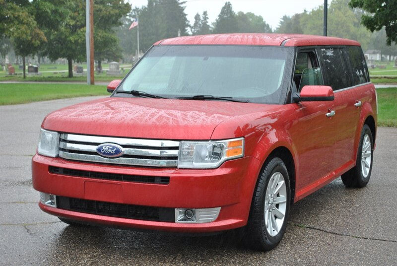 Photo 2010 Ford Flex SEL for sale in Flushing MI