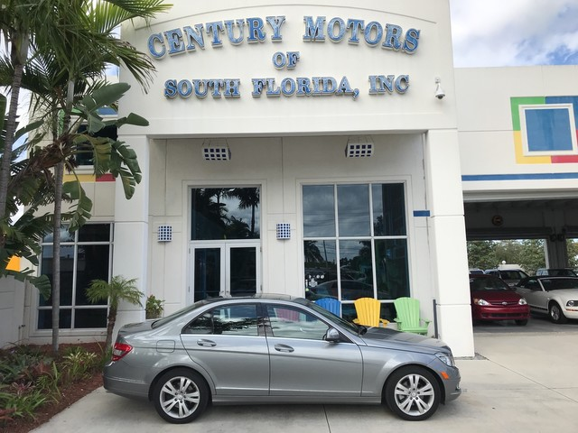 Photo 2008 Mercedes-Benz C-Class 3.0L Luxury Leather Seats Sunroof CD Alloy Wheels 1 Owner