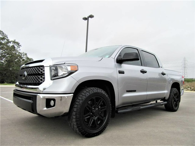 Photo 2019 Toyota Tundra 2WD TSS Off-Road Package 5.7L iFORCE V8 SR5