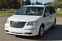 2009 Chrysler Town & Country Limited for sale in Flushing MI
