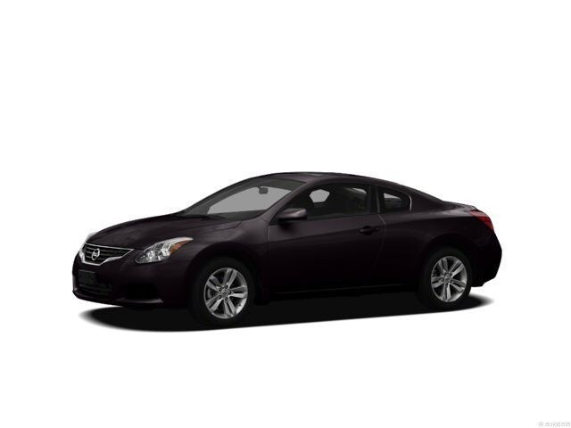 Photo 2012 Nissan Altima 3.5 SR Coupe Variable