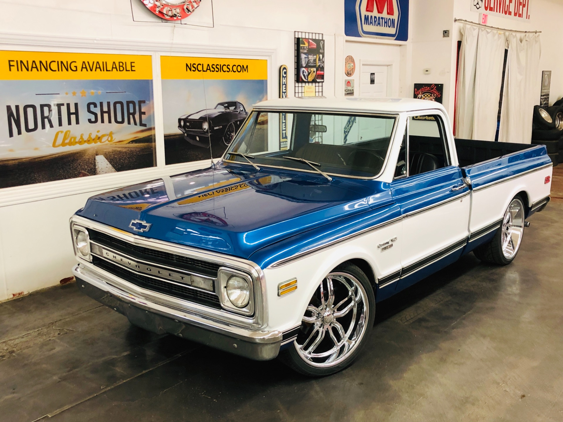 Photo 1970 Chevrolet PickUp - C10 SHORTBED - VERY CLEAN BODY - EXCELLENT DRIVER -