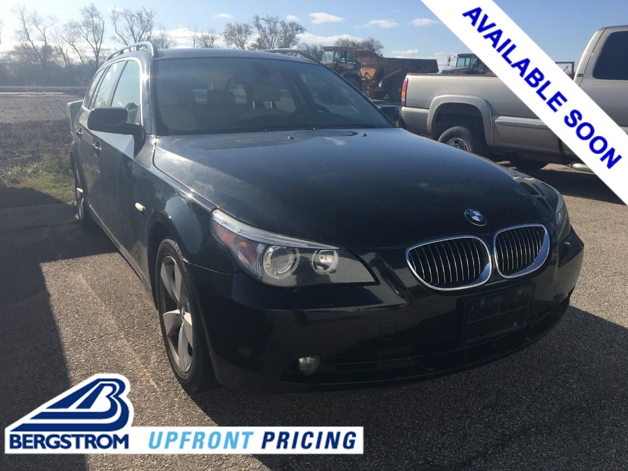 Photo Used 2007 BMW 5 Series 4dr Sports Wgn 530xiT AWD For Sale in Oshkosh, WI