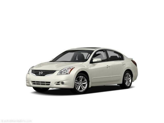 Photo Used 2011 Nissan Altima For Sale  Peoria AZ  Call 602-910-4763 on Stock 92308B