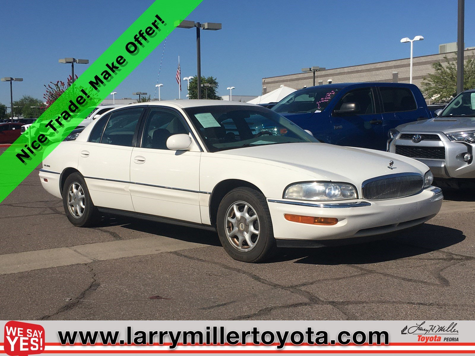 Photo Used 2001 Buick Park Avenue For Sale  Peoria AZ  Call 602-910-4763 on Stock 91033A