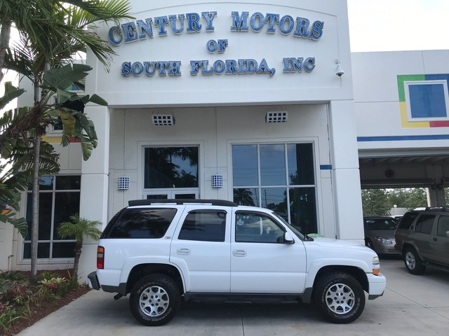Photo 2003 Chevrolet Tahoe Z71 4x4 Flex Fuel Leather Tow Package CD DVD Rear AC