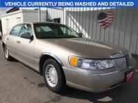 2000 Lincoln Town Car Executive Sedan