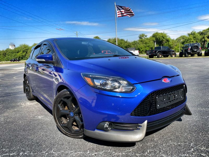 Photo Used 2013 Ford Focus ST 1 OWNER CARFAX CERT