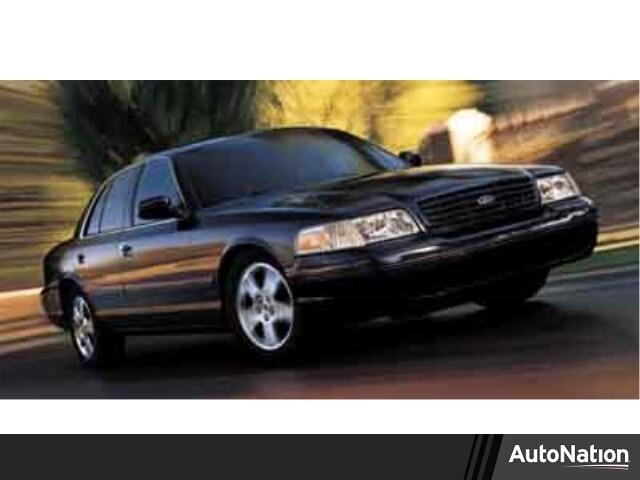 Photo 2003 Ford Crown Victoria LX