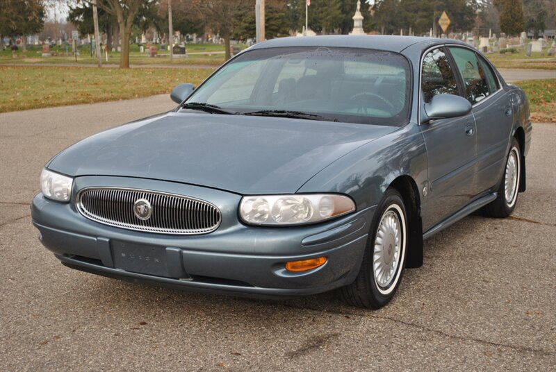 Photo 2000 Buick LeSabre Custom for sale in Flushing MI