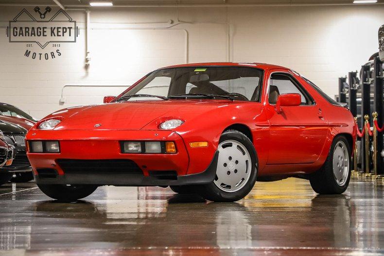 Photo 1983 Porsche 928 S